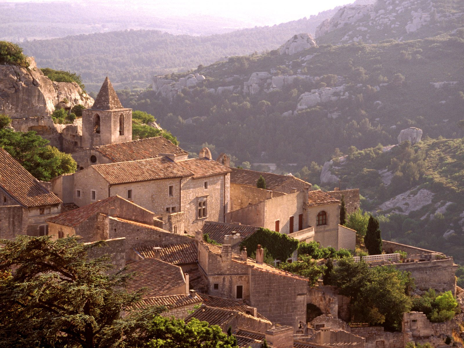 original_Village_of_Les_Baux_France