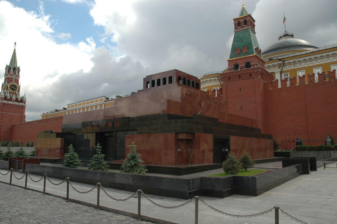 Lenin's_mausoleum_2